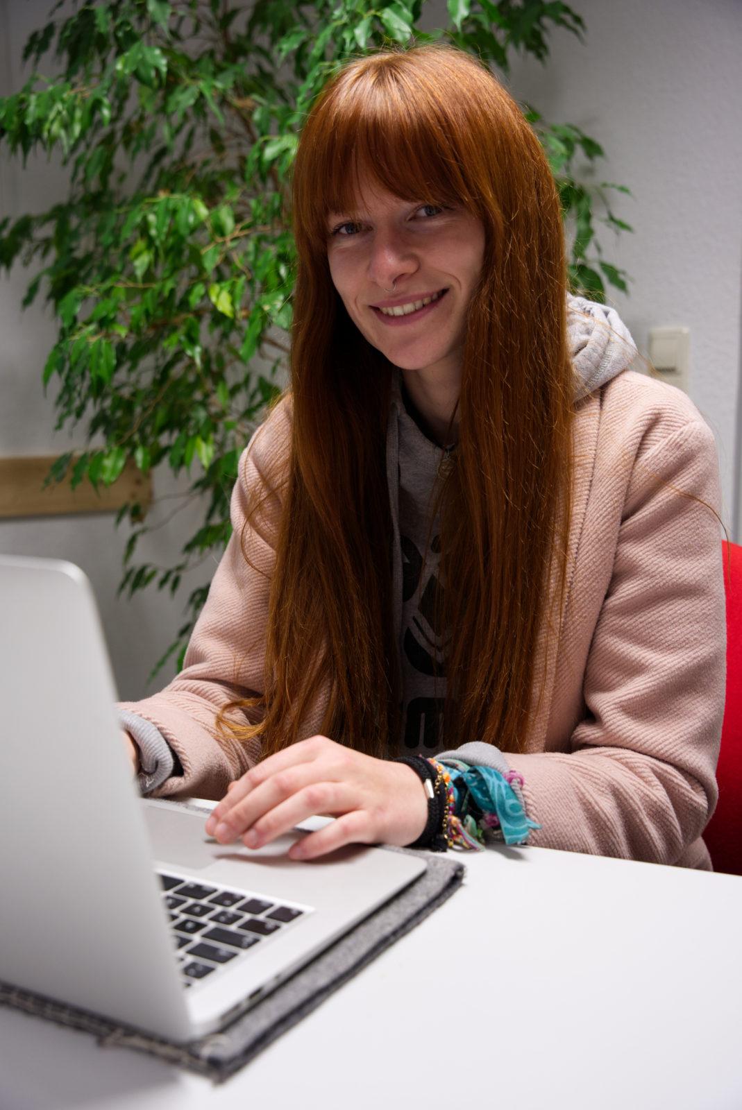 Julia Weidt