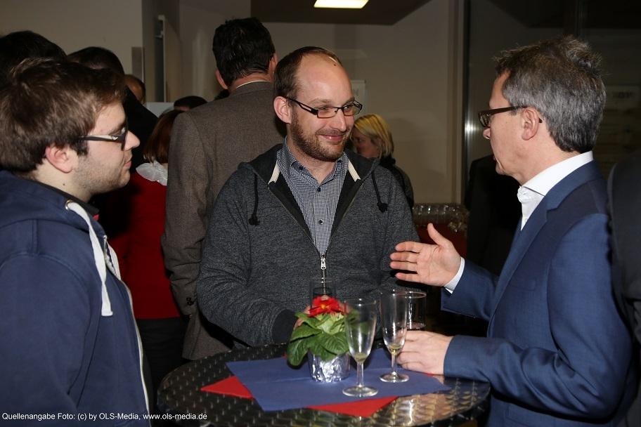 Niels Pardon (Bildmitte) kam aus Zürich angereist